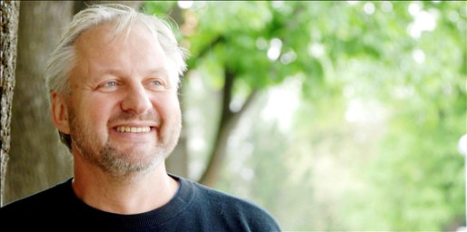Forfatter og visesanger Tor Karseth. Foto: Hamar Arbeiderblad